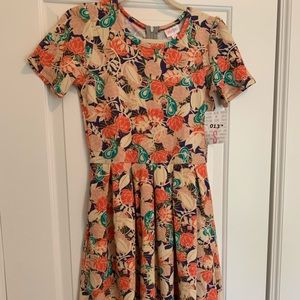 Amelia Dress Size Small LuLaRoe